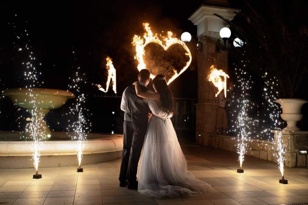 Астор Гардън Сватба Огнено шоу съвети за сватба