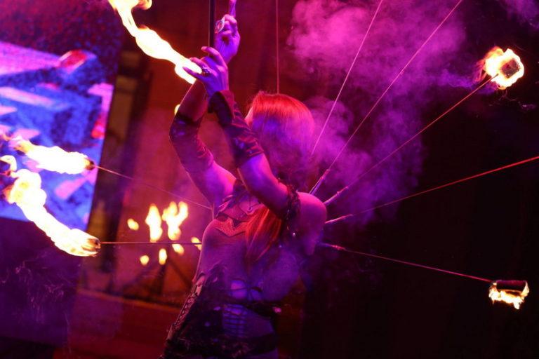 Огнено Шоу Дивинитас в Кърджали