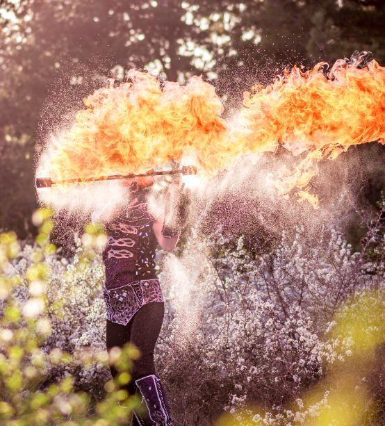 Огнено шоу Дивинитас за празникът на розата в град Казанлък!